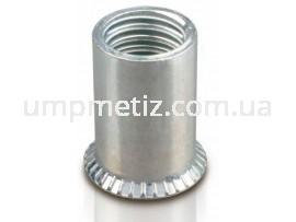 Гайка клепальная потайная рифленая M10 (1.50 3.00) цинк белый UMP318